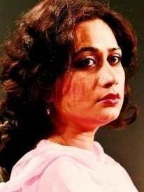 Parveen Shakir صلصة الطماطم - بروين شاكر -ترجمة نزار سرطاوي
