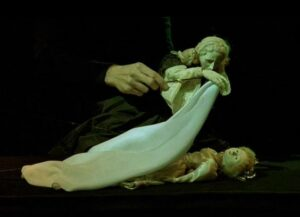 """2124770056c72da0b542cf844e81ca46 سينماتوغراف لفيلم """" حياة فيرونيكا المزدوجة """" للمخرج كريستوف كيشلوفسكي"""