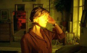 """42547a2bd1a86b9fefdefff649d3dcde سينماتوغراف لفيلم """" حياة فيرونيكا المزدوجة """" للمخرج كريستوف كيشلوفسكي"""