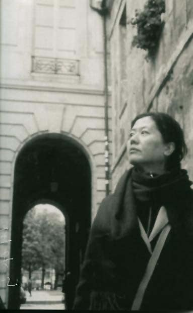 صورة عن السعادة – نص نثري للكاتبة الصينية: وانغ آن يي