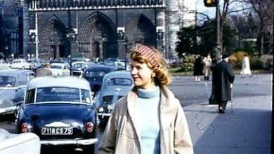 بلاث أمام كنيسة نوتردام سيلفيا بلاث - قصيدة لوريلاي