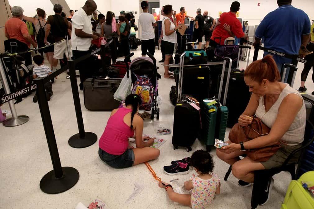 1d8a1b89910f6f38fa8292a3e26dca41 بورتوريكو بعد إعصار ماريا   بالصور