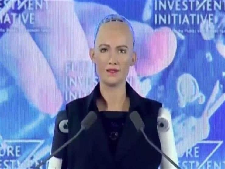 """2427bf6ed8f4b311c88deae88ec2adb4 """"صوفيا"""" أول روبوت في العالم تُمنح له جنسية وجواز سفر!"""
