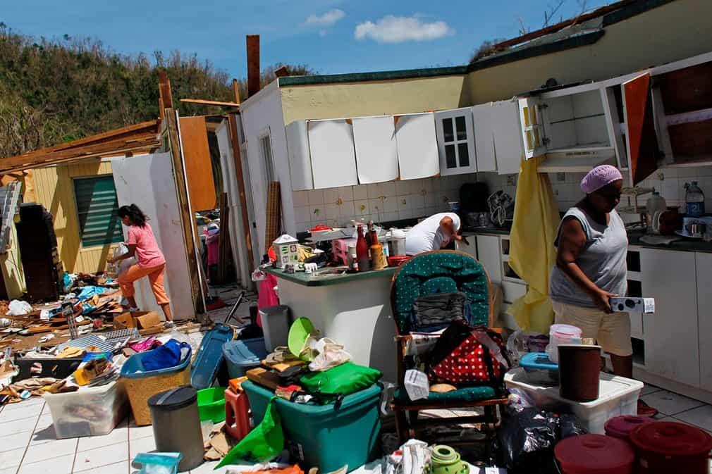 33823ae16356f107140b6b9dc9346f34 بورتوريكو بعد إعصار ماريا   بالصور