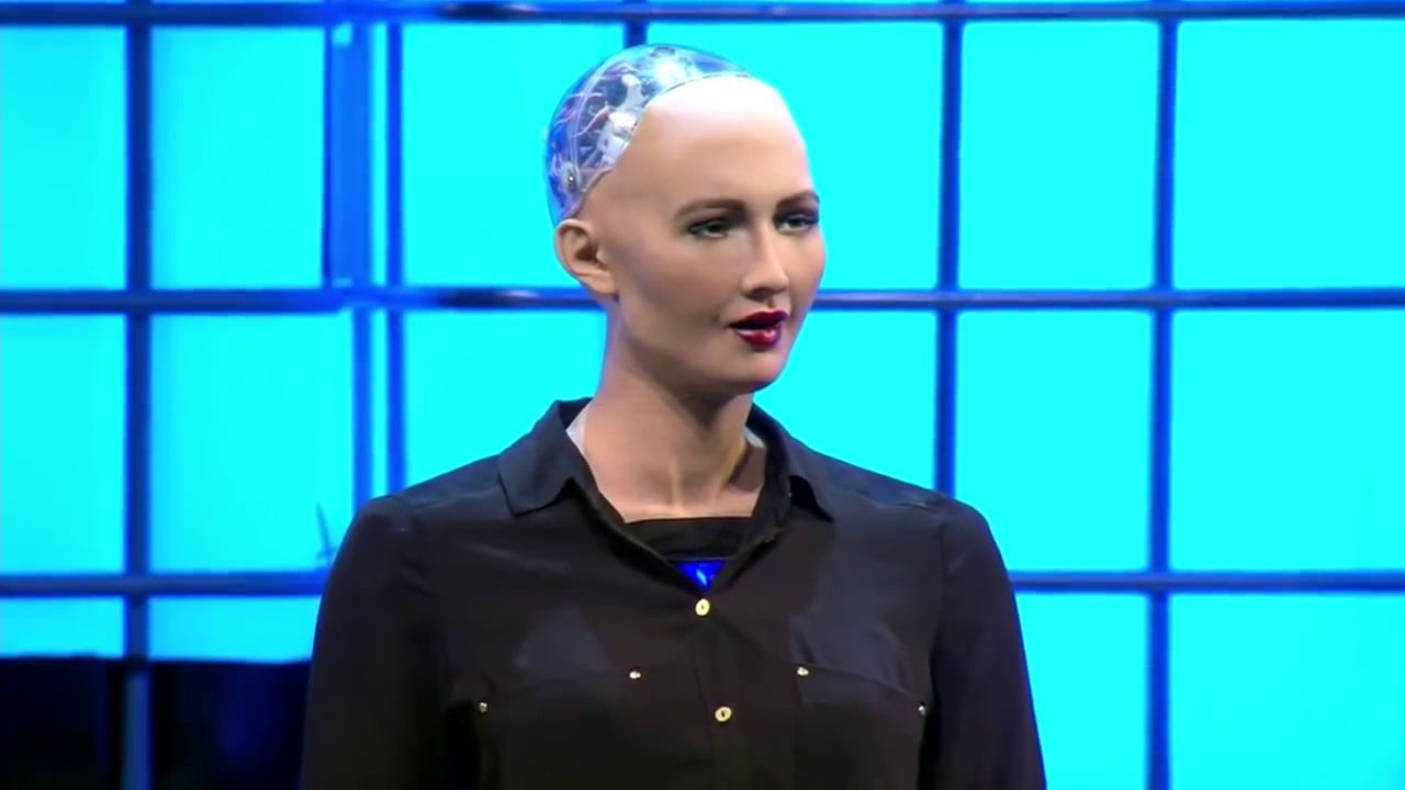 """3fb2db6cccf4a23383383394b28b2b31 3 """"صوفيا"""" أول روبوت في العالم تُمنح له جنسية وجواز سفر!"""